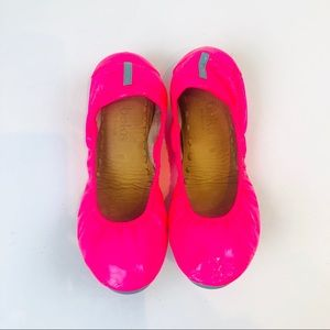 🦄Tieks Vibrant Neon Patent Leather Flats Pop Pink